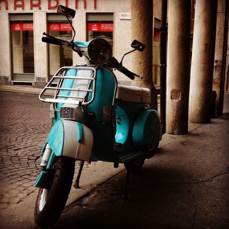 Vespa Rome Voyage Booktrip.fr